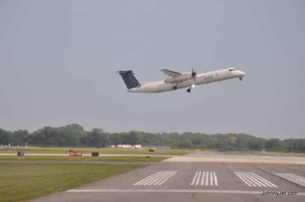 Porter Airlines Toronto Canada -003
