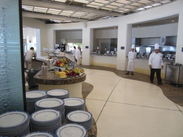 Buffet at Azul