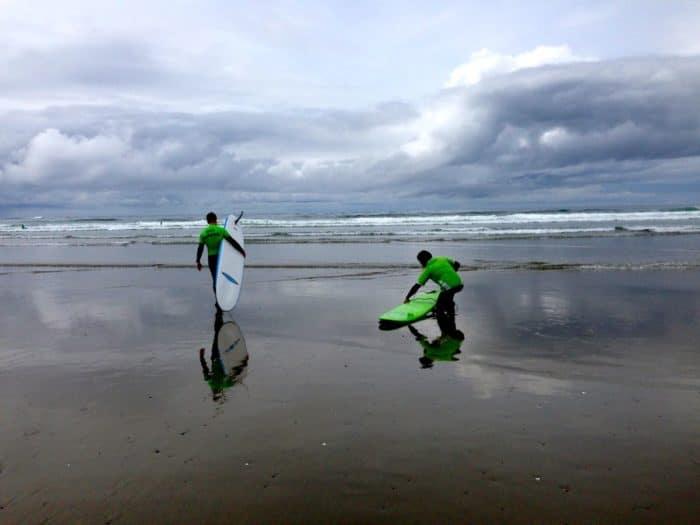 Wya Point Surf lesson
