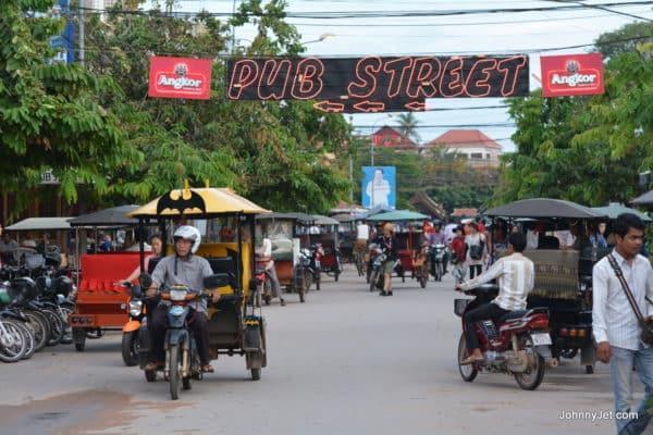 Siem Reap Cambodia Pub Street Aug 2014-012