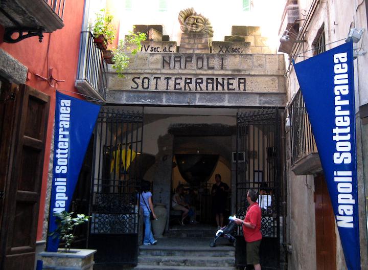 The entrance to Napoli Sotterranea