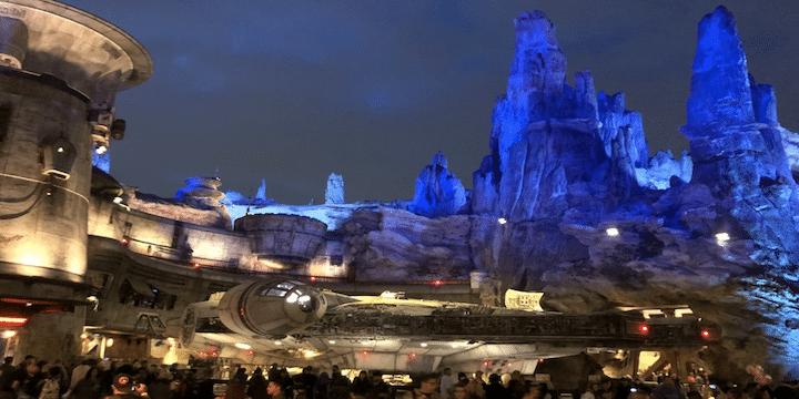 Star Wars: Galaxy's Edge at night