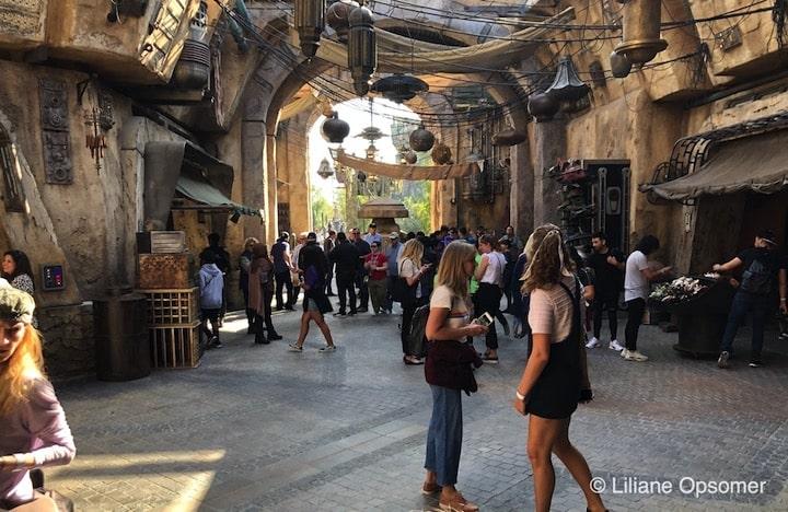 Market stalls at Star Wars: Galaxy's Edge