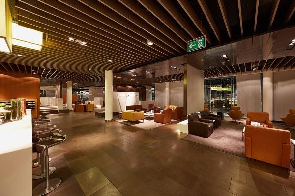 Lufthansa airport lounge