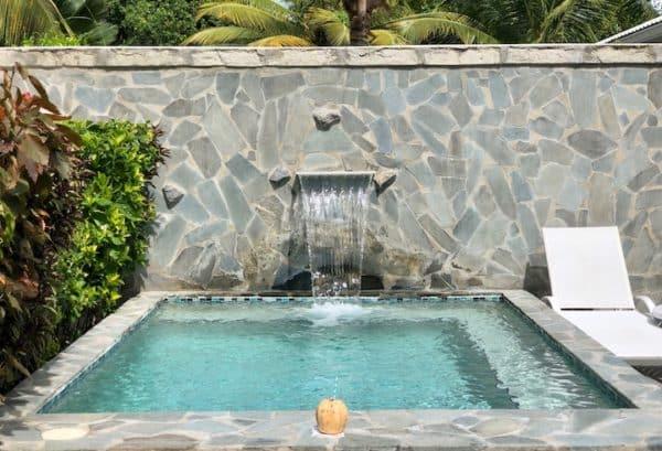 Plunge pool at villa 810